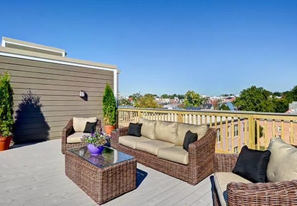 Metropolitan Overlook rooftop deck